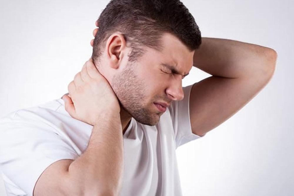 Pacientes com câncer de cabeça e pescoço  são ou já foram fumantes, diz estudo