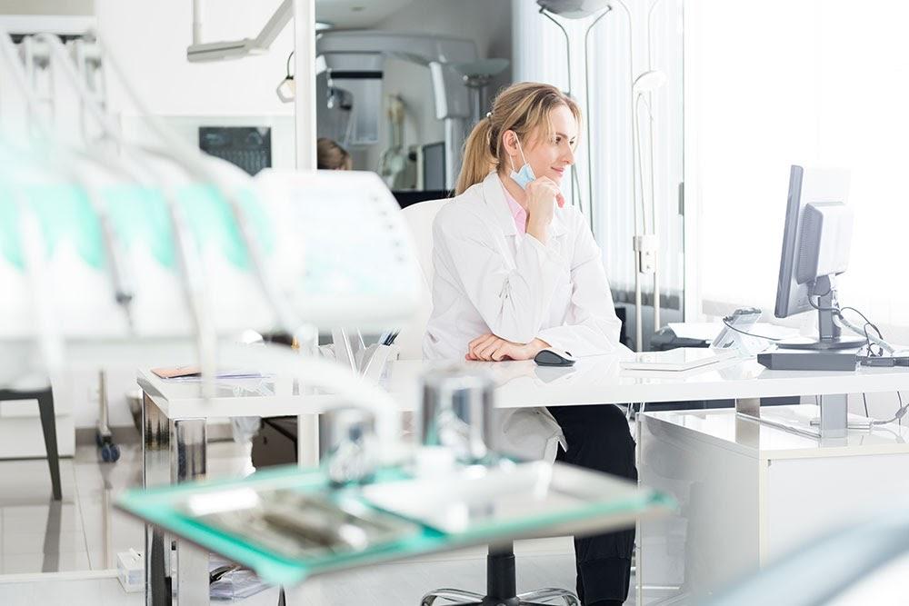 Resolução do CFO regulamenta exercício da Odontologia a distância